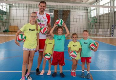 Daniel Pliński szuka siatkarskich talentów w Luzinie