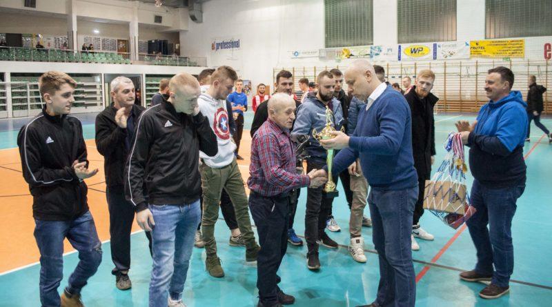 Milwino wygrywa Luzińską Ligę Sołecką na hali 2020