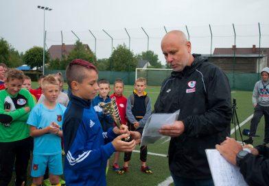 Ponad 220 zawodników rywalizowało w drugim tygodniu Wakacyjnej Ligi Orlik w Kębłowie