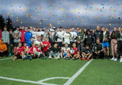 Blisko 300 zawodników z 39 drużyn , rywalizowało w Wakacyjnej Lidze Piłki Nożnej w Kębłowie